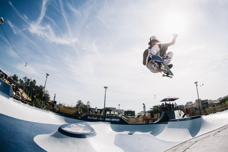 ivan-federico-trick-skate-red-bull-bowl-rippers